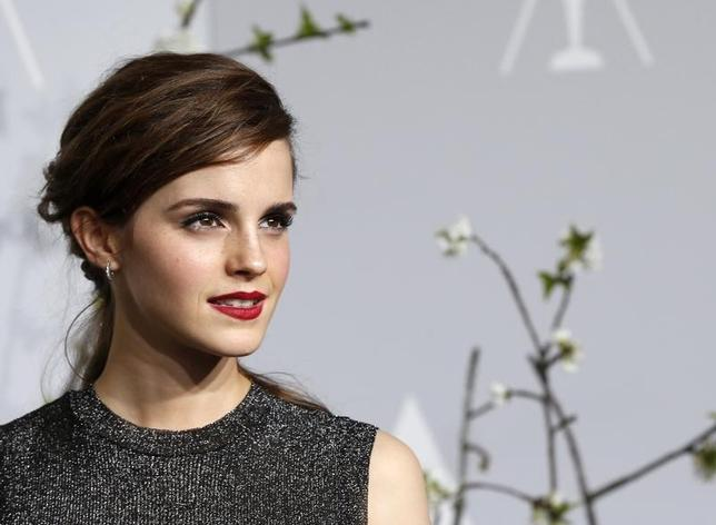 Presenter Emma Watson poses at the 86th Academy Awards in Hollywood, California March 2, 2014  REUTERS/ Mario Anzuoni/Files