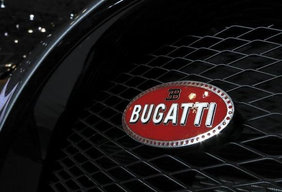 bugatti mulls hybrid follow up to veyron supercar sources reuters. Black Bedroom Furniture Sets. Home Design Ideas
