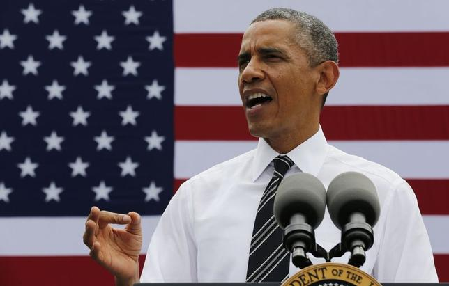 U.S. President Barack Obama speaks at the Turner-Fairbank Highway Research Center in McLean, Virginia July 15, 2014. REUTERS/Larry Downing