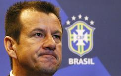 Dunga, que volta ao comando da seleção brasileira, durante entrevista coletiva no Rio de Janeiro.  22/7/2014. REUTERS/Ricardo Moraes