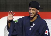Neymar participa de evento promocional em Tóquio. 31/07/2014 REUTERS/Yuya Shino