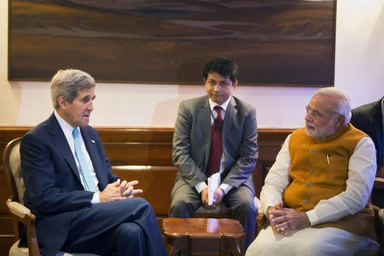 U.S. Secretary of State John Kerry (L) meets with Indian Prime Minister Narendra Modi (R) at the Prime Minister's residence in New Delhi August 1, 2014.  REUTERS/Lucas Jackson