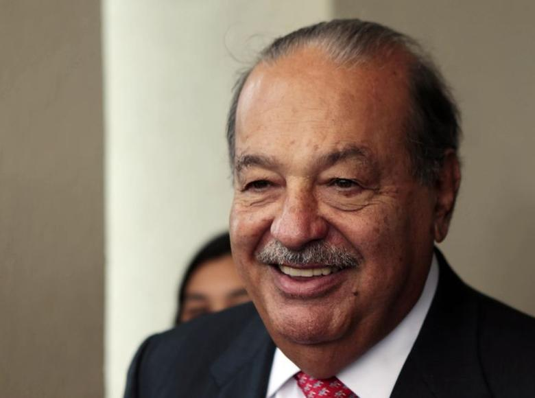 Mexican businessman Carlos Slim attends the 20th annual meeting of the Circulo de Montevideo Fundation in Luque, Paraguay July 17, 2014.  REUTERS/Jorge Adorno
