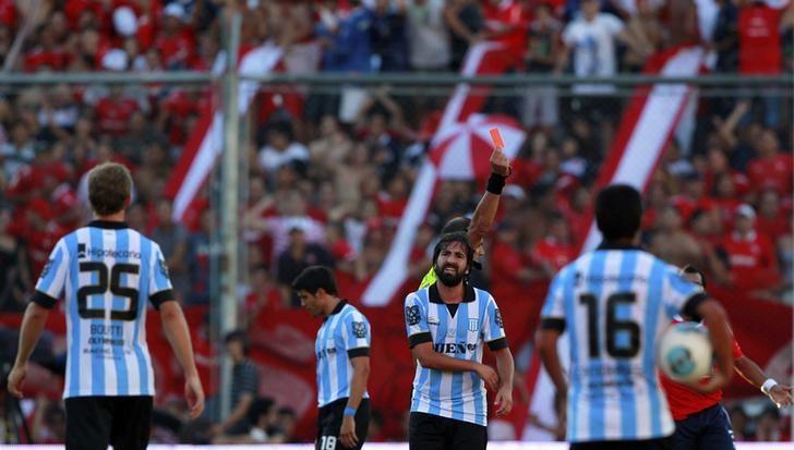 Racing busca romper 13 años sin ganar en cancha de Independiente