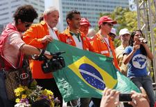 Ex-presidente Luiz Inácio Lula da Silva em ato em defesa do pré-sal no Rio de Janeiro. 15/9/2014 REUTERS/Sergio Moraes