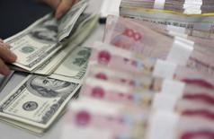 Les investissements directs étrangers en Chine sont tombés en août à leur plus bas niveau depuis au moins deux ans et demi, un nouvel exemple des difficultés auxquelles reste confrontée la deuxième économie mondiale. /Photo d'archives/REUTERS