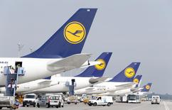 German airline Lufthansa aircrafts are parked during a pilots' strike at Munich's airport on September 10, 2014.    REUTERS/Michaela Rehle
