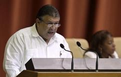 Novo ministro da Economia de Cuba, Marino Murillo, em foto de arquivo em Havana. 18/12/2010 REUTERS/Enrique De La Osa