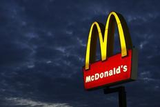 A McDonald's restaurant is pictured in Encinitas, California September 9, 2014. REUTERS/Mike Blake