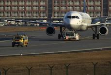Frontier Airlines a passé une commande ferme portant sur neuf Airbus A321 dans sa version classique (current engine option). /Photo d'archives/REUTERS/Alex Domanski
