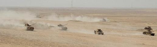 Les Emirats arabes unis (EAU) ont annoncé la fusion de plusieurs sociétés publiques de défense pour créer une entreprise intégrée de services et de construction baptisée Emirates Defence Industries Company (Edic). /Photo d'archives/REUTERS/Ben Job