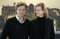 """Atores Nicole Kidman e Colin Firth durante sessão de fotos do filme """"Uma Longa Viagem"""", em Edinburgh, na Escócia, em 2012. 27/04/2012 REUTERS/David Moir"""
