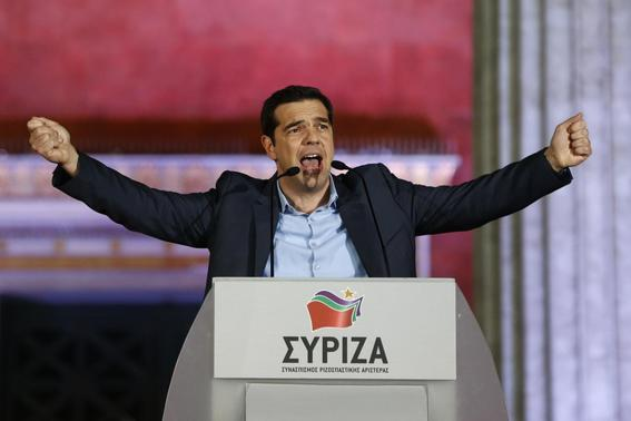 The head of radical leftist Syriza party Alexis Tsipras speaks to supporters after winning the elections in Athens January 25, 2015.  REUTERS-Marko Djurica