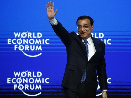 中国首相の弟、たばこ専売局の幹部職を退任=新華社