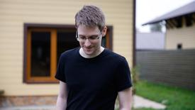 """""""Citizenfour"""", un trabajo sobre Edward Snowden, quien filtró documentos clasificados de la Agencia Nacional de Seguridad de Estados Unidos (NSA), ganó el domingo un Oscar como mejor documental."""