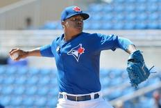 Toronto Blue Jays starting pitcher Marcus Stroman (6) pitches during the first inning of a spring training baseball game against the Houston Astros at Florida Auto Exchange Park. Mar 9, 2015; Dunedin, FL, USA; Tommy Gilligan-USA TODAY Sports -