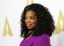 Oprah Winfrey chega para evento em Beverly Hills. 02/02/2015.  REUTERS/Mario Anzuoni