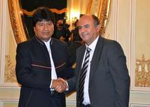 Presidente da Bolívia, Evo Morales, e o novo ministro da Defesa, Reymi Ferreira, em La Paz. REUTERS/Presidência da Bolívia/Divulgação via Reuters