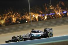 Mercedes Formula One Driver Lewis Hamilton of Britain drives during the second free practice ahead of Bahrain's F1 Grand Prix at Bahrain International Circuit, south of Manama, April 17, 2015. REUTERS/Ahmed Jadallah