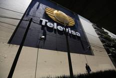 Las oficinas de Televisa en Ciudad de México, abr 29 2014. La gigante de medios Grupo Televisa dijo el miércoles que propondrá al presidente y director de la compañía de TV por cable Liberty Global, Michael T. Fries, como miembro de su consejo de administración. REUTERS/Tomas Bravo