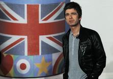 Cantor e compositor Noel Gallagher durante evento em Londres,   21/02/2012   REUTERS/Luke MacGregor