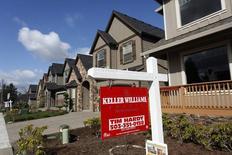 Casas para la venta en el área noroccidental de Portland, Oregon, 20 de marzo de 2014.  Las solicitudes para crédito hipotecario en Estados Unidos bajaron la semana pasada debido a un alza de las tasas de interés, dijo el miércoles un grupo de la industria. REUTERS/Steve Dipaola