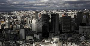 Vista aérea da cidade de São Paulo.   06/04/2015  REUTERS/Nacho Doce