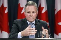 El gobernador del Banco de Canadá, Stephen Poloz, en una rueda de prensa en Ottawa, dic 10 2014. Los ministros de Finanzas y banqueros centrales del Grupo de los Siete países más industrializados (G7) discutirán los recientes movimientos cambiarios cuando se encuentren en Alemania esta semana, dijo el lunes un funcionario canadiense.    REUTERS/Blair Gable/Files
