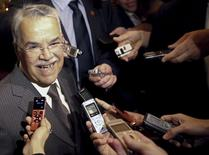 Saudi Arabian Oil Minister Ali al-Naimi talks to journalists as he arrives at his hotel ahead of an OPEC meeting in Vienna, Austria, June 1, 2015. Naimi said on Monday he expects oil demand to pick up in the second half of 2015 while supply decreases, in a sign that the Saudi strategy of defending market share through lower oil prices was working. REUTERS/Leonhard Foeger