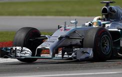 Mercedes Formula One driver Lewis Hamilton of Britain  drives during the Canadian F1 Grand Prix at the Circuit Gilles Villeneuve in Montreal June 8, 2014.  REUTERS/Mathieu Belanger