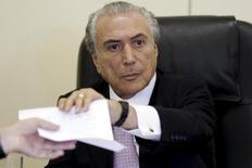 Vice-presidente Michel Temer durante entrevista em Brasília. 14/4/2015. REUTERS/Ueslei Marcelino