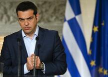 Primeiro-ministro grego, Alexis Tsipras, concede entrevista coletiva em Atenas, na Grécia, nesta quarta-feira. 17/06/2015 REUTERS/Paul Hanna