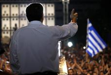 Greek Prime Minister Alexis Tsipras delivers a speech at an anti-austerity rally in Syntagma Square in Athens, Greece, July 3, 2015.   REUTERS/Yannis Behrakis