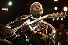 Veterano do blues B.B. King durante o Festival Montreux Jazz, em Montreux, na Suíça. 02/07/2011 REUTERS/Valentin Flauraud