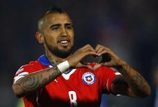 Vidal comemora gol marcado pela seleção do Chile na Copa América. 11/06/2015 REUTERS/Ivan Alvarado
