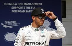 Piloto Lewis Hamilton, da Mercedes, após treino classificatório para o GP da Hungria. 25/07/2015 REUTERS/Laszlo Balogh