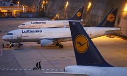 Passenger planes of German air carrier Lufthansa are parked at the technical maintaining area at the Frankfurt Airport in Germany, early morning September 9, 2015. REUTERS/Kai Pfaffenbach