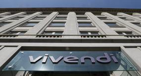 """Vivendi rachète les studios de Boulogne où est produite depuis la rentrée la nouvelle version du """"Grand Journal"""" de Canal+. /Photo d'archives/REUTERS/Gonzalo Fuentes"""