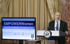 Goldman Sachs Chairman and CEO, Lloyd Blankfein, delivers remarks at the Goldman Sachs 10,000 Women/State Department Entrepreneurship Program at the State Department in Washington, March 9, 2015.    REUTERS/Gary Cameron