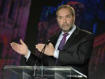 NDP leader Thomas Mulcair makes a point during the Globe and Mail Leaders Debate in Calgary, Alberta September 17, 2015. REUTERS/Mike Sturk