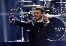 British singer Sam Smith performs during the 2015 iHeartRadio Music Festival at the MGM Grand Garden Arena in Las Vegas, Nevada September 18, 2015. REUTERS/Steve Marcus