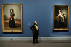 """Dos de los cuadros de Goya que se exhibieron en la muestra titulada """"Goya: orden y desorden"""" en Boston, Massachusetts, el 6 de octubre de 2014. El pintor español Francisco de Goya, conocido mundialmente por sus representaciones sobre los horrores de la guerra, también ha sido reconocido como un gran retratista de la realeza y la aristocracia, generales y tiranos, políticos y amigos. REUTERS/Brian Snyder"""
