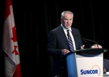 President and CEO Steve Williams of Suncor Energy addresses shareholders during the company's annual general meeting in Calgary, Alberta, April 30, 2015. REUTERS/Todd Korol