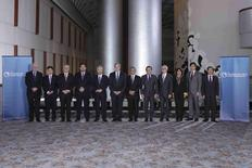 """Trade ministers from a dozen Pacific nations in Trans-Pacific Partnership Ministers meeting post in TPP Ministers """"Family Photo"""" in Atlanta, Georgia October 1, 2015.  REUTERS/USTR Press Office/Handout"""
