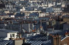 Le groupe immobilier Klépierre annonce un chiffre d'affaires en hausse de 40,9% à 976,5 millions d'euros pour les neuf premiers mois de l'année et confirme son objectif de cash-flow pour 2015. /Photo d'archives/REUTERS/Mal Langsdon