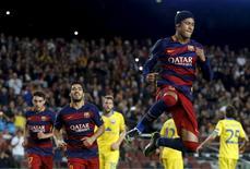 Atacante Neymar, do Barcelona, comemora gol marcado contra o Bate Borisov pela Liga dos Campeões, em Barcelona. 04/11/2015  REUTERS/Albert Gea