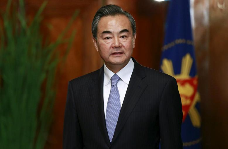 Chinese Foreign Minister Wang Yi looks on while waiting for Philippine President Benigno Aquino (not in photo) during his courtesy call at the presidential palace in Manila November 10, 2015.      REUTERS/Romeo Ranoco