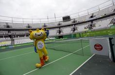 Rio 2016 Olympic mascot Vinicius greets the audience during the inauguration of the Rio 2016 Olympic Games Tennis Center in Rio de Janeiro, Brazil December 12, 2015. REUTERS/Ricardo Moraes