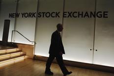 Microsoft, General Motors et Lockheed Martin figurent parmi les valeurs à suivre jeudi sur les marchés américains. /Photo prise le 30 décembre 2015/REUTERS/Lucas Jackson