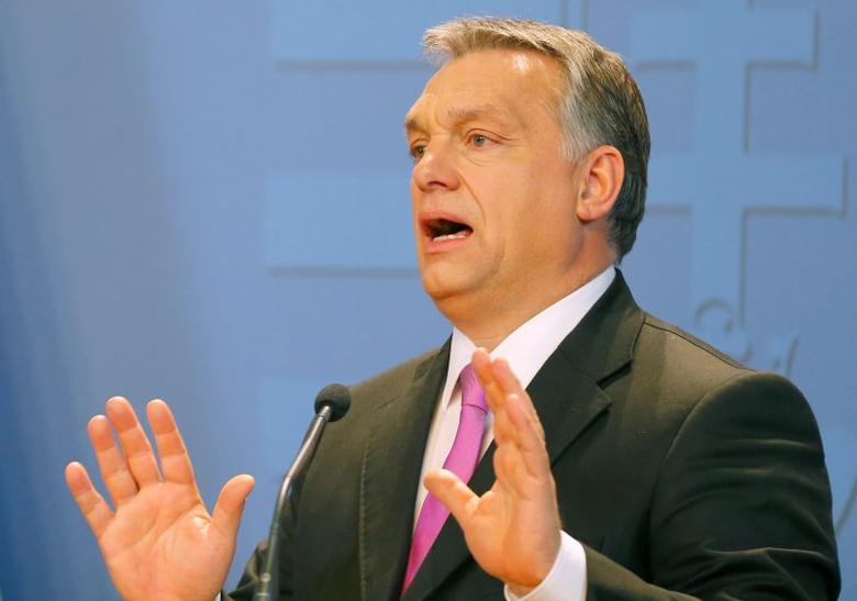 Hungarian Prime Minister Viktor Orban addresses news conferece   in Budapest, Hungary January 7, 2016. REUTERS/Laszlo Balogh